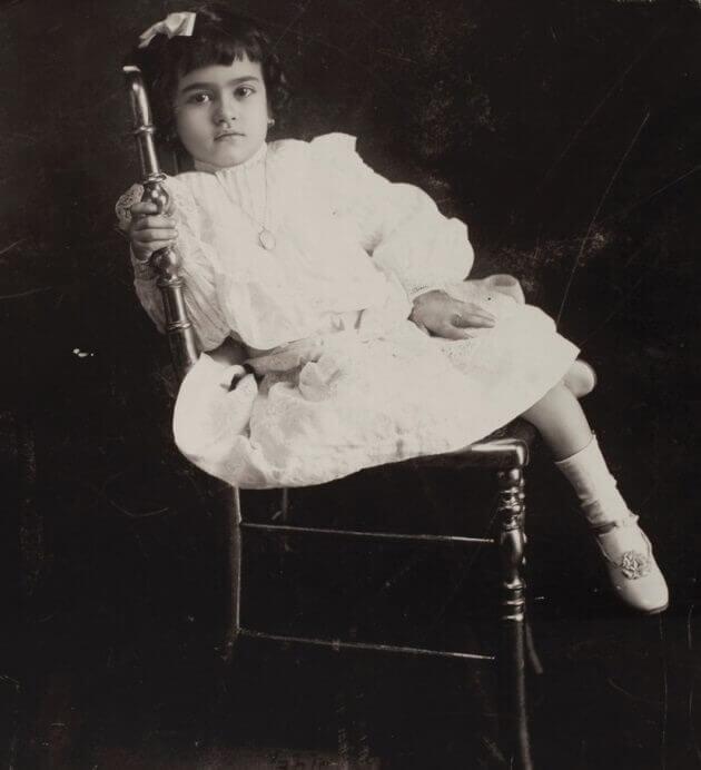 https://www.fridakahlo.org/images/photos/frida-kahlo-aged-five.jpg